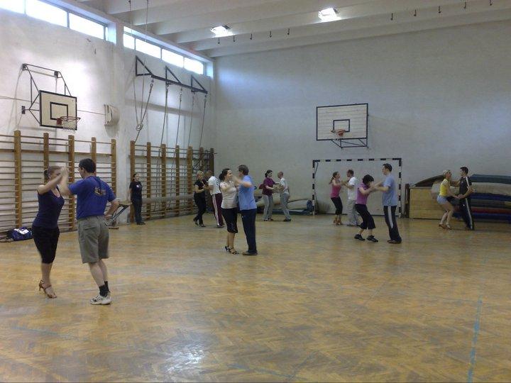 Tánciskola - Csoportos tánctanfolyam