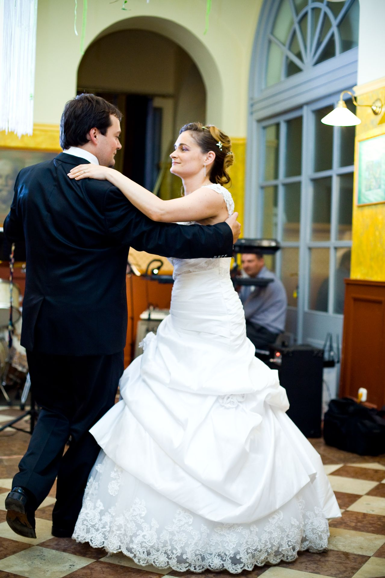 Esküvői tánc - tánctanítás esküvőre