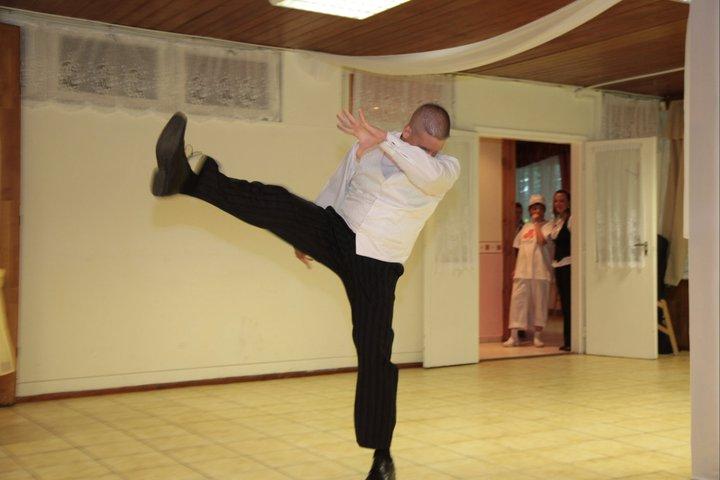 Meglepetés tánc: Kungfu